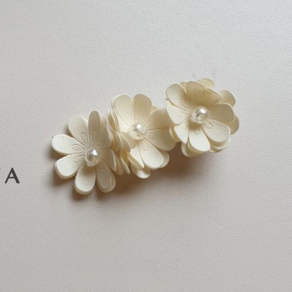 안개꽃핀*FREE(5cm집게핀~꽃지름2cm)*