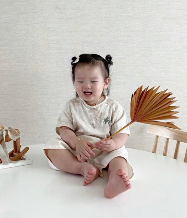 초코 야자수티셔츠(모델착샷)